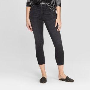 Universal Thread Black Highrise Skinny Crop Jeans